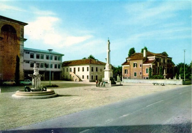 La piazza di Salzano