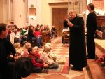 Mons. Giuseppe Vardanega saluta i cori e il pubblico