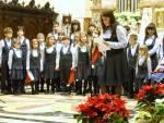 Il Coro Magiche Note si presenta ed introduce i brani che verranno eseguiti