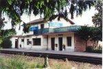 La stazione ferroviaria di Salzano-Robegano, sulla linea Venezia-Castelfranco-Bassano-Trento (linea Valsugana). Alcuni anni fa, quando la stazione era presidiata, essa fu premiata per la bellezza delle sue decorazioni floreali.