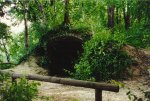 Le grotte del parco.